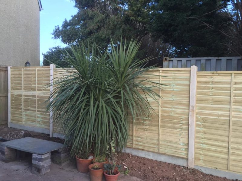 New Wooden Garden Fencing